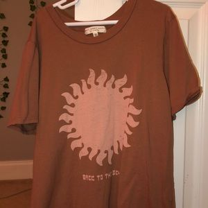 Urban outfitters hippie tee!